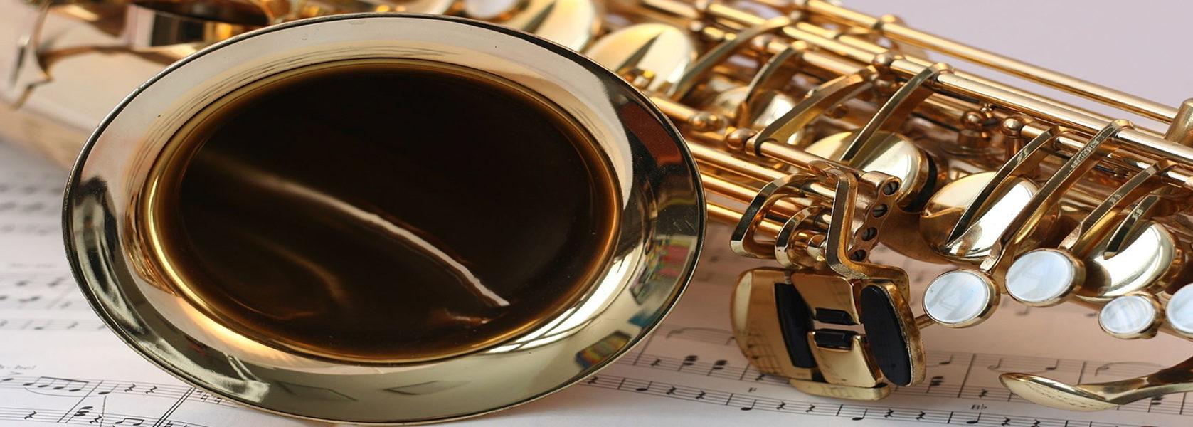 Schutz für Wertvolles. Wie wertvoll ein Musikinstrument ist, wissen diejenigen am Besten, die ein Instrument spielen. Die Musikinstrumenten-Versicherung bietet umfassenden Schutz für den speziellen Bedarf von Musikern und Ihren Instrumenten.