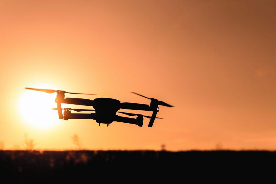 Bei Sach- und Personenschäden mit Drohnen haftet man mit dem gesamten Vermögen