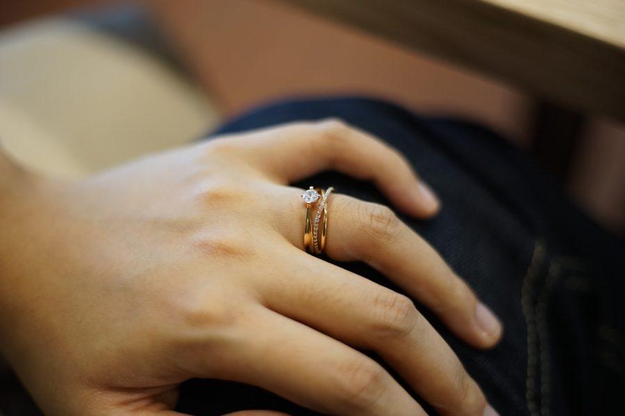 Trauringe und Eheringe sowie Uhren und Schmuck werden gern beim Einbruch gestohlen