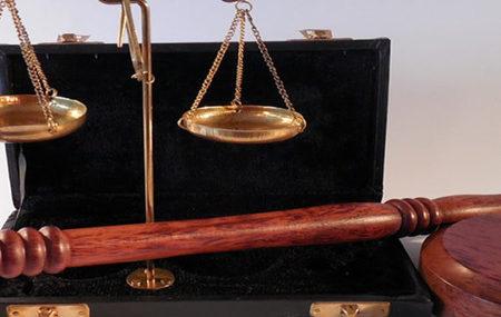 Firmenrechtsschutz für Unternehmen und Selbstständige inklusive professionellem Forderungsmanagement