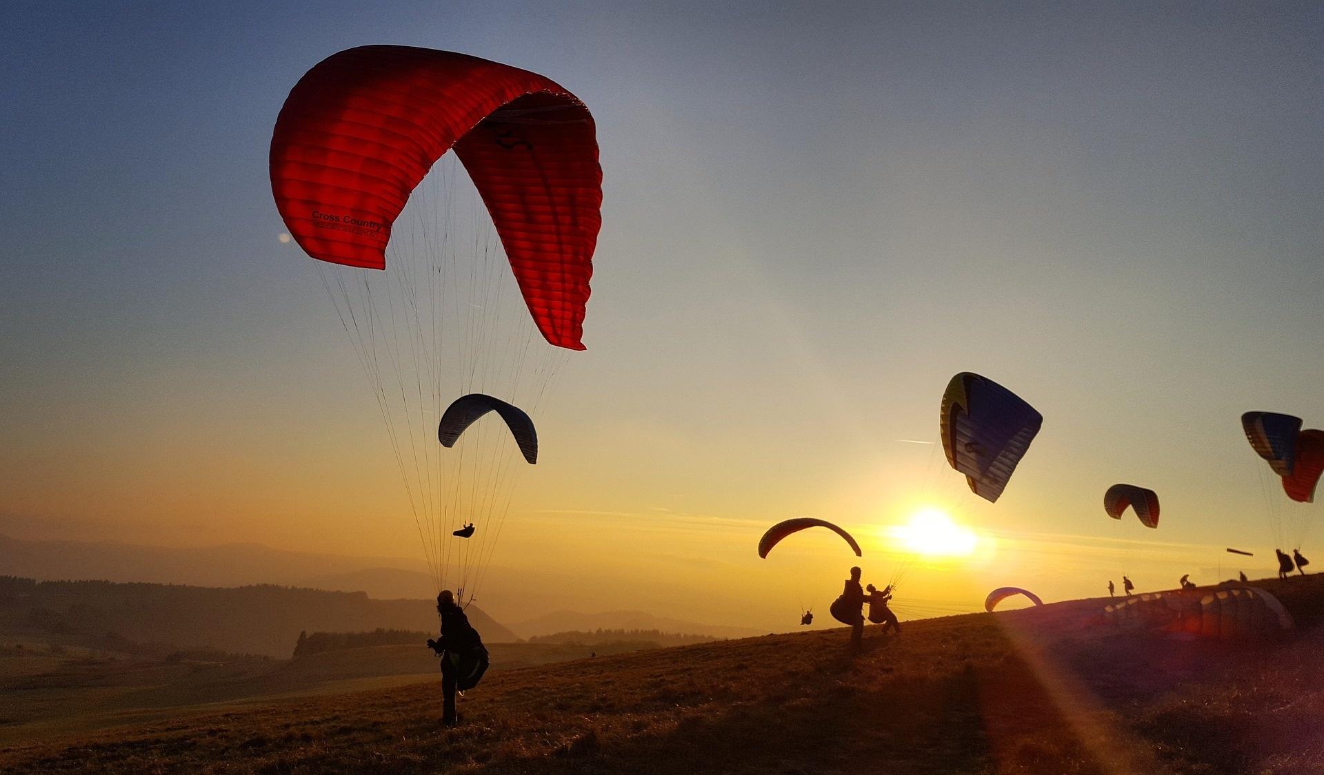 Aktiv durch den Urlaub Gleitschirmfliegen