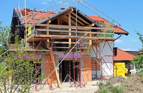 Wichtige Versicherungen für Bauherren